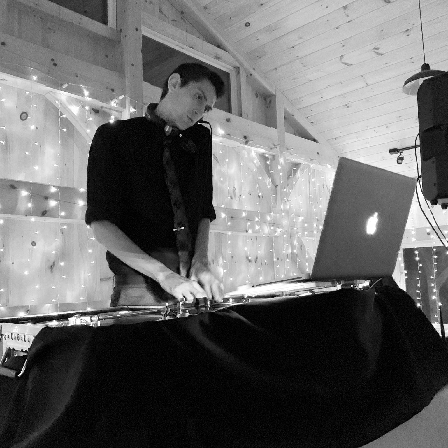 DJ-GREG-LANZILLOTTA-IMAGE