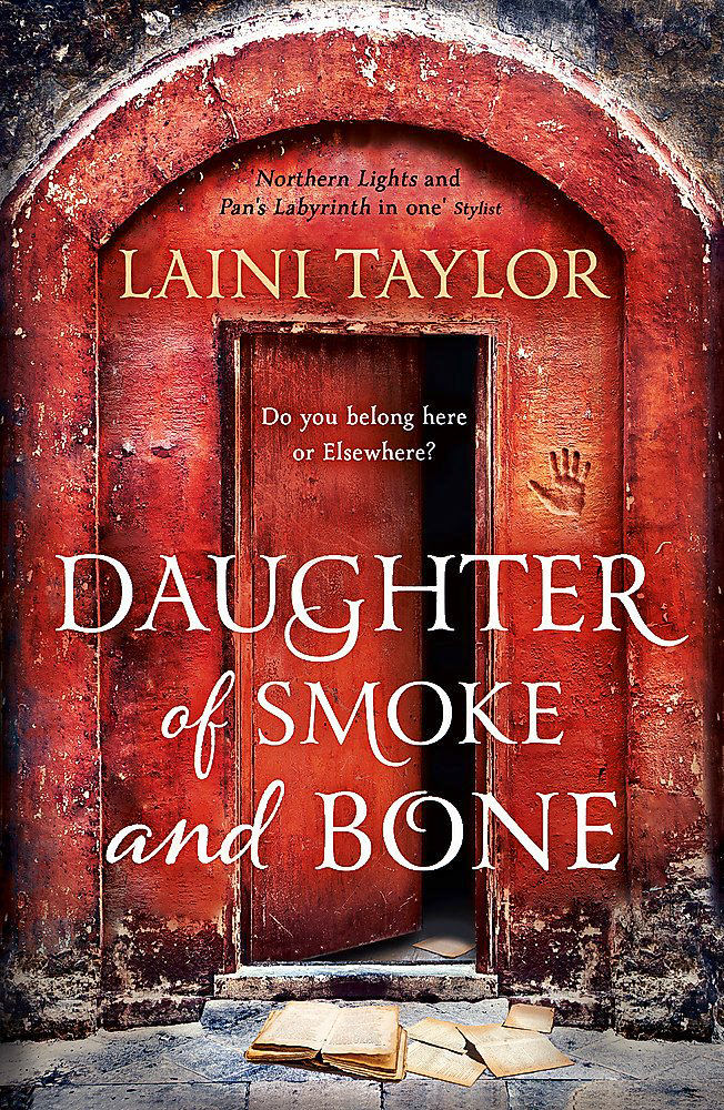 BOOK COVER - Daughter of Smoke and Bone by Laini Taylor
