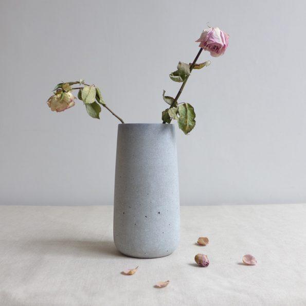 Vase-flowers-web-595x595.jpg