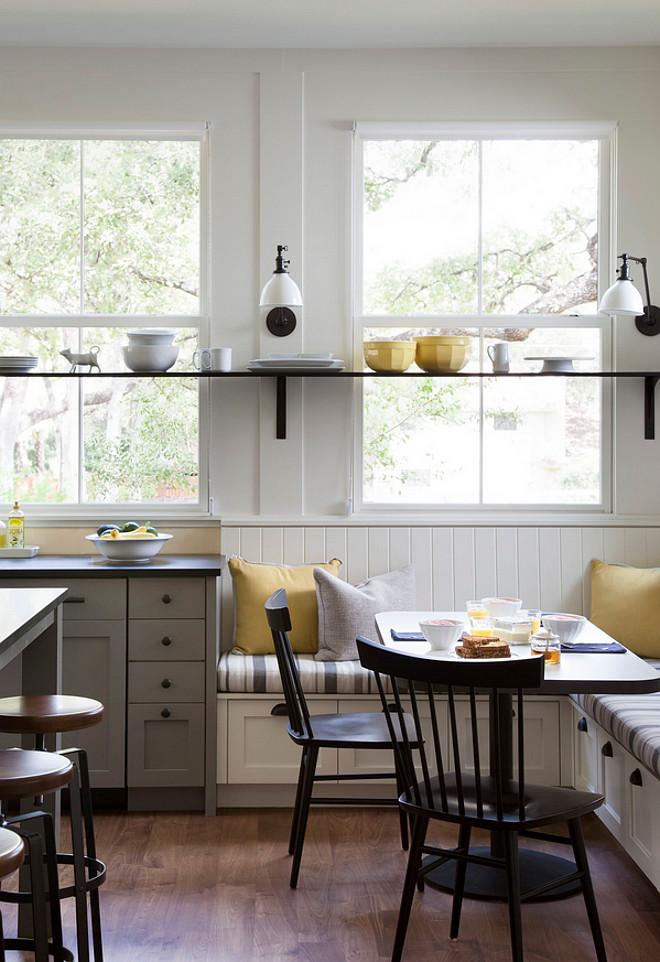 Source:http://www.homebunch.com/farmhouse-interior-design-ideas/