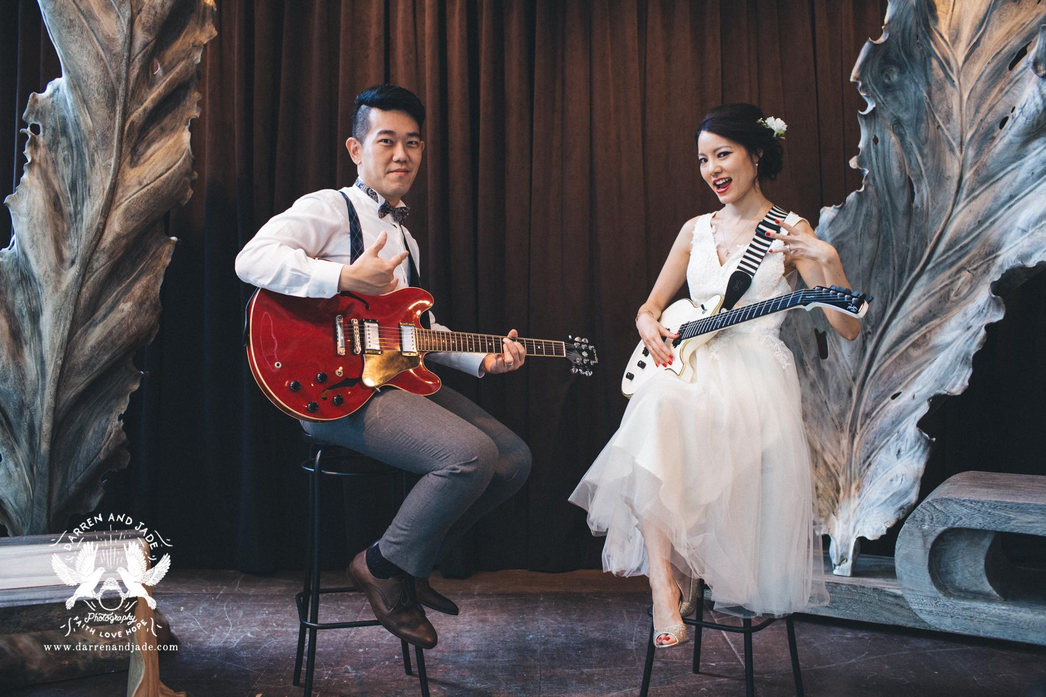 Hannah & Amos - Engagement - Selects - Sharing (1 of 56).jpg