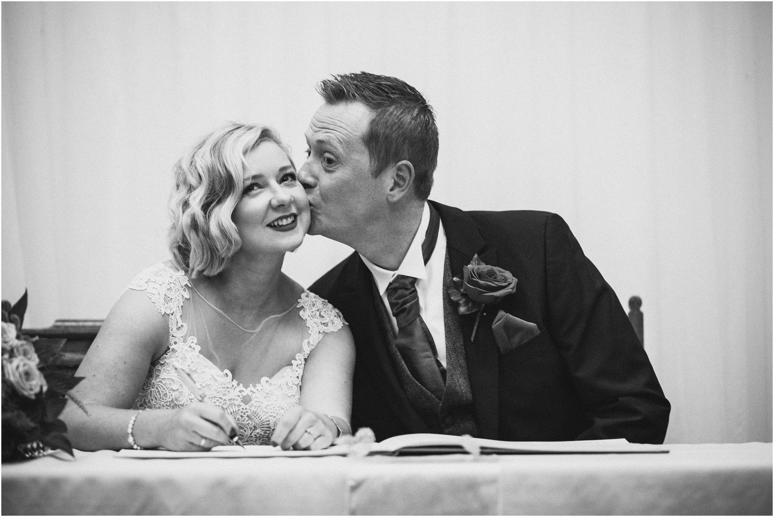 Vicky and Duncan Northamptonshire Wedding-32.jpg