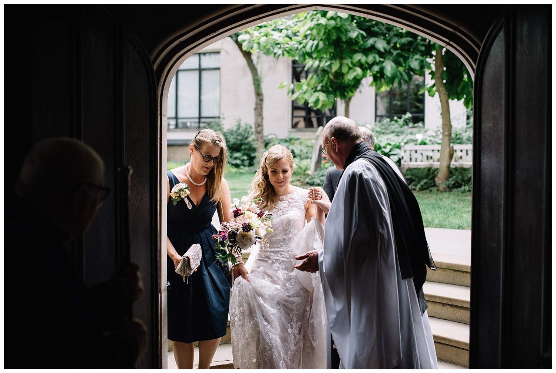 London Alternative Wedding Photographer the Lamb Leadenhall Market-25.jpg