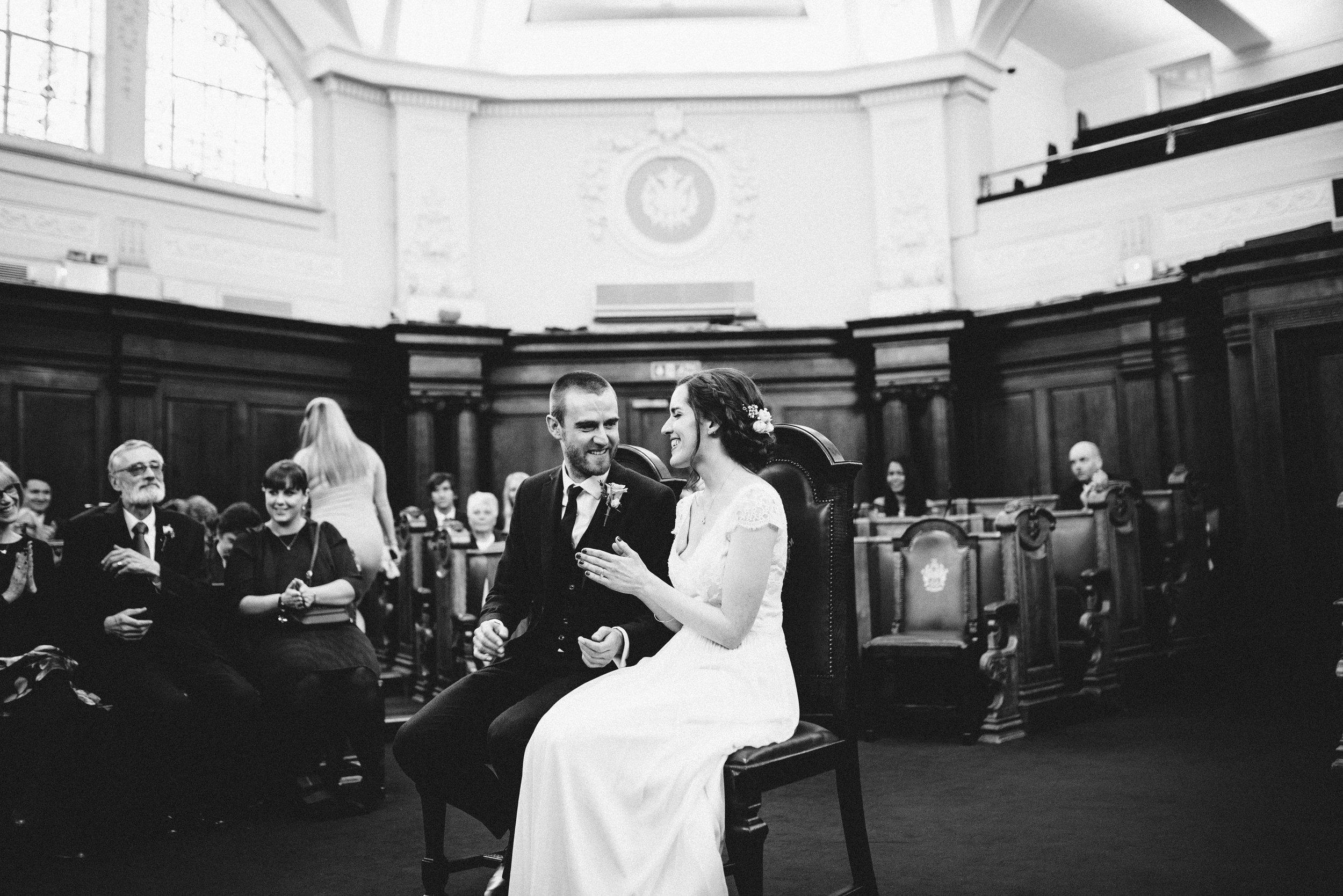 London Alternative Pub Wedding Photographer-30.jpg