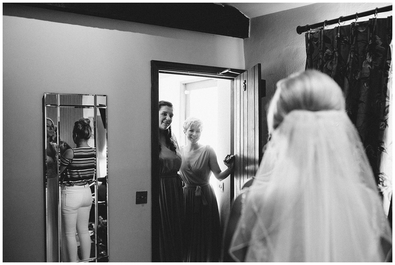 Fawsley Granary Wedding Photographer Joe KIngston-19.jpg