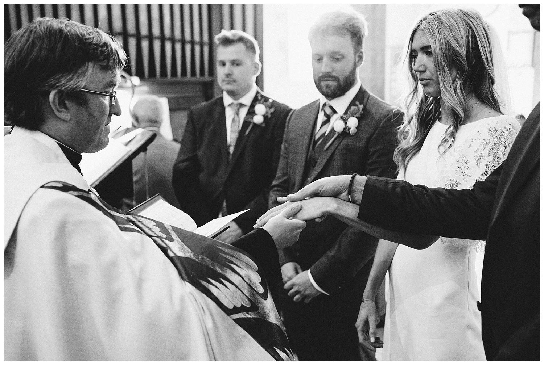 Buckinghamshire Wedding Photographer-33.jpg