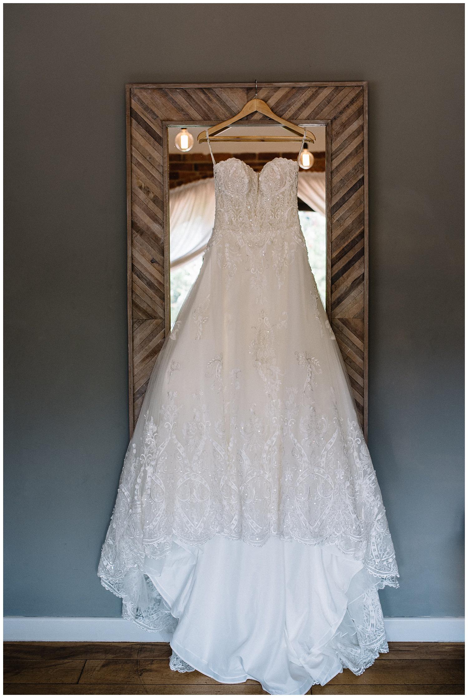 Dodmoor House Wedding Photographer-2.jpg