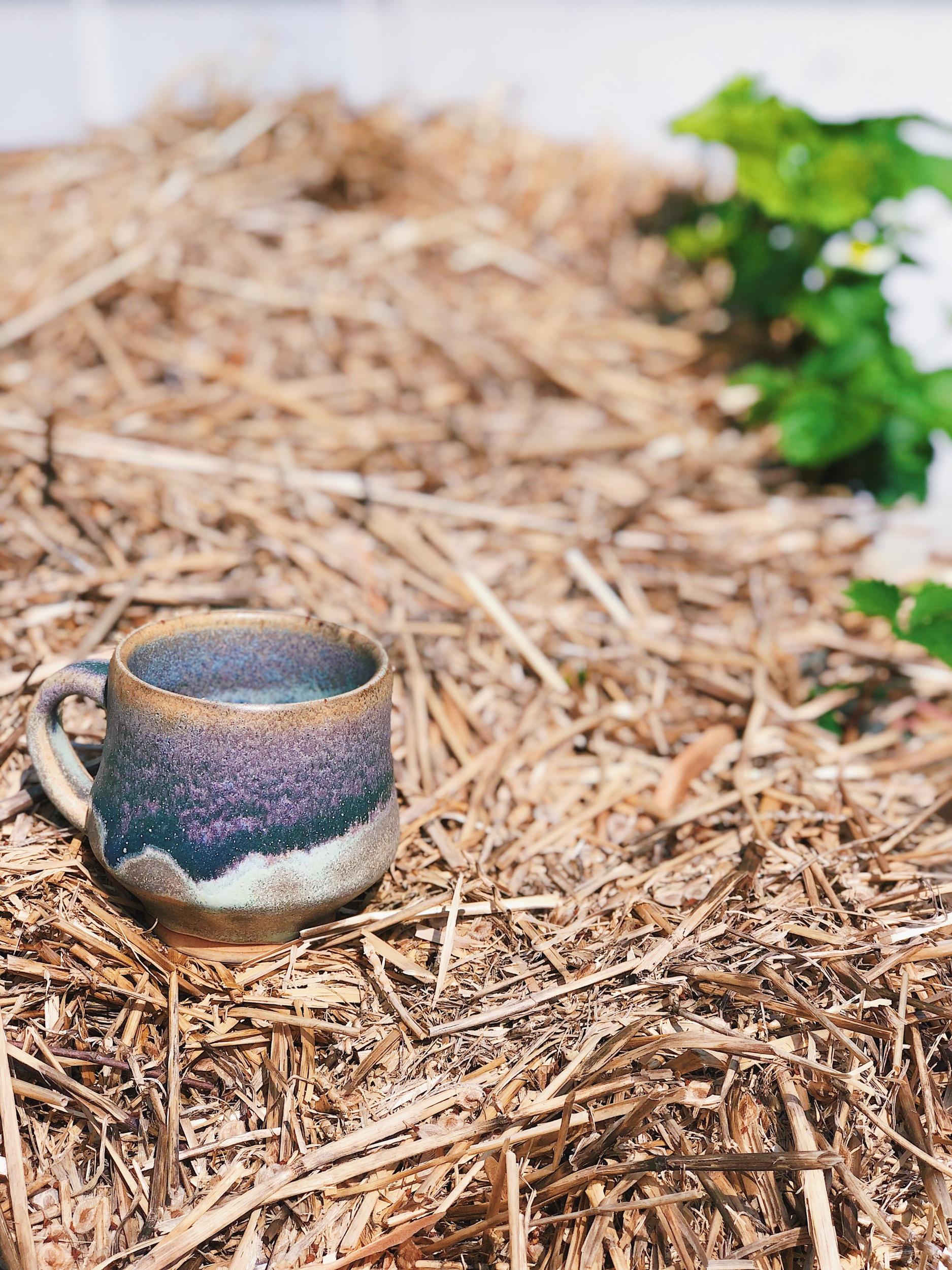 john_gazurian_pottery_mug_straw_reidy_creative.jpeg