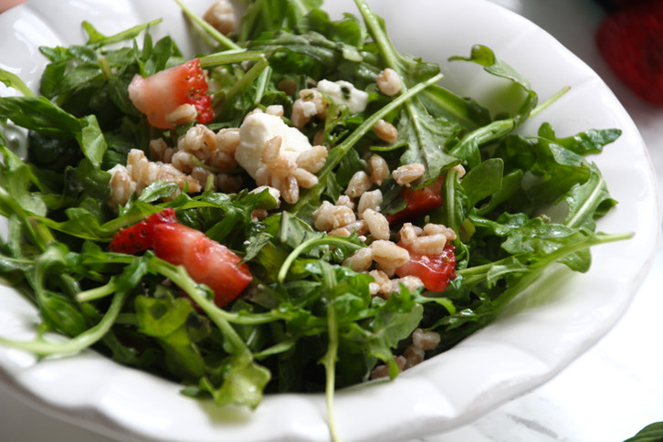 Farro Arugula Salad - She Well