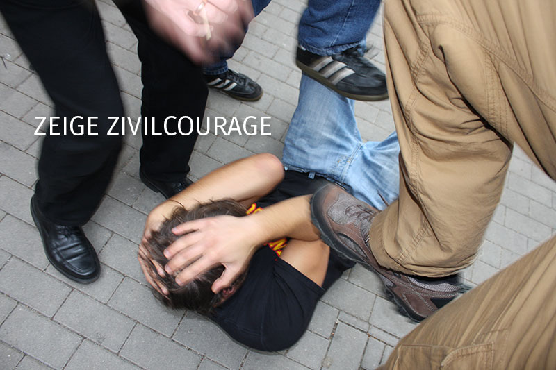 Du möchtest Zivil-Courage zeigen und anderen helfen? Du bist noch unsicher, wie das geht? MYMAO zeigt Dir den Weg aus brenzlichen Situationen.