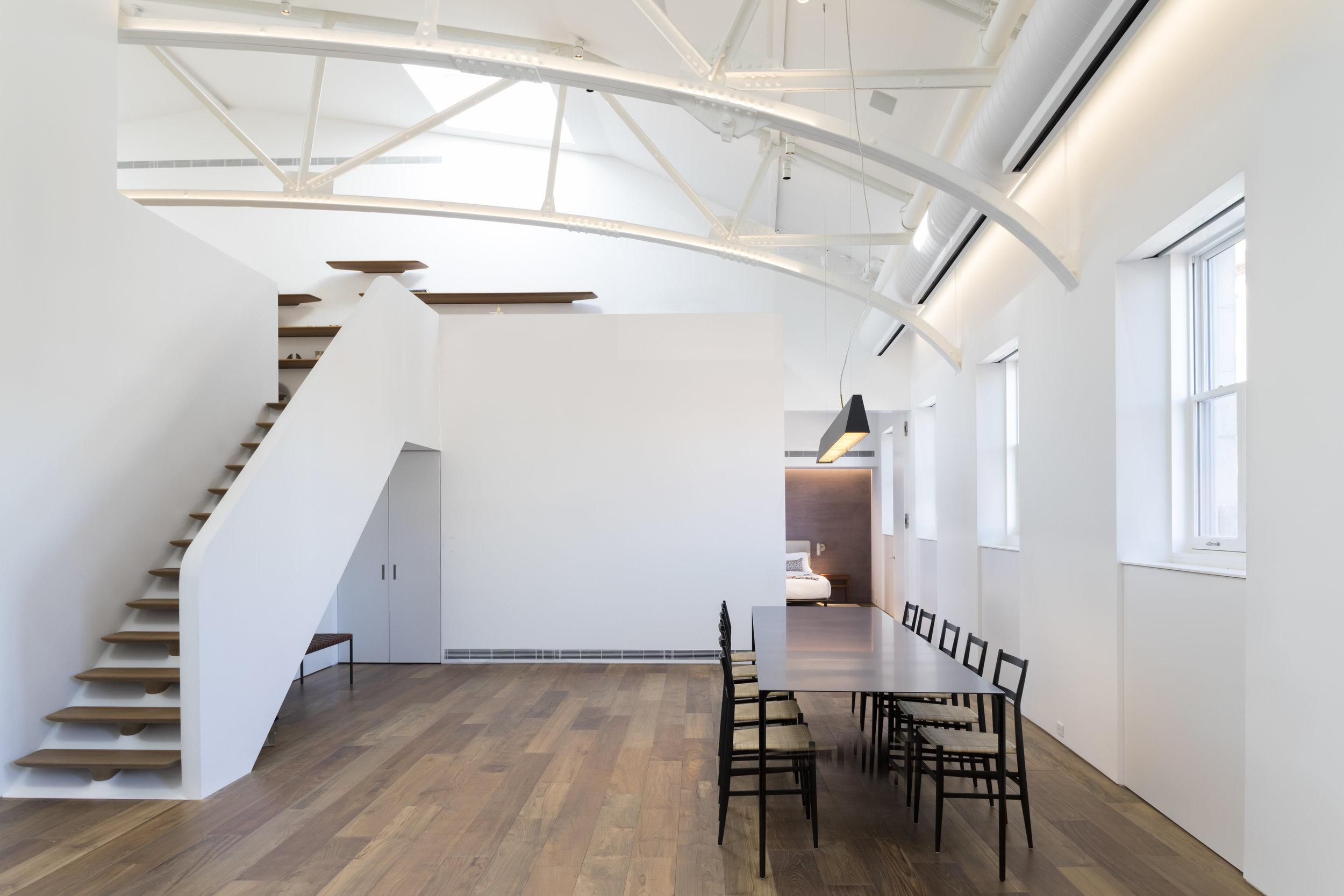 Police-Building-Apartment_Selldorf-Architects_Nicholas-Venezia_02.jpg