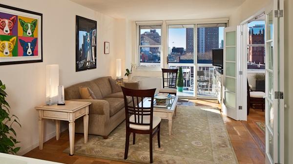 420 West 23rd St, 9A - $975,0002 Beds 1 Bath