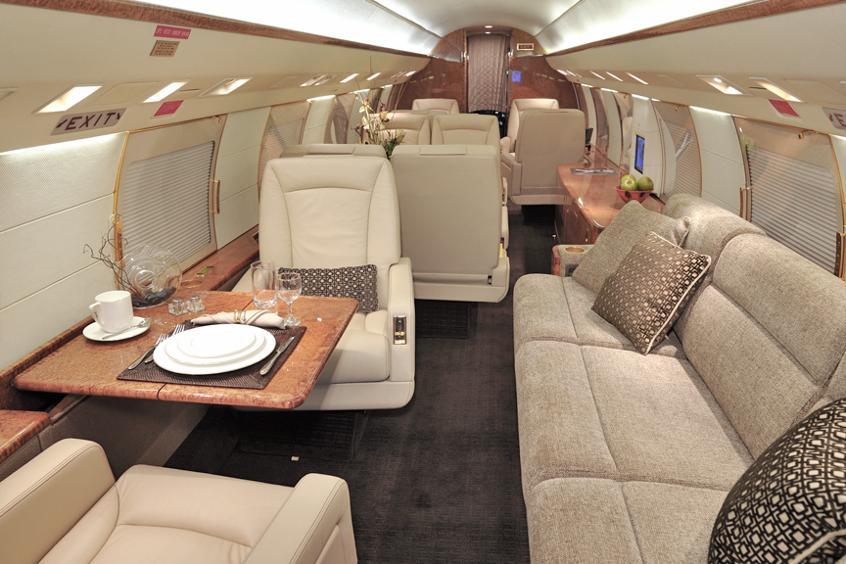 Gulfstream-GIV-PrivateFly-AA9813.jpg