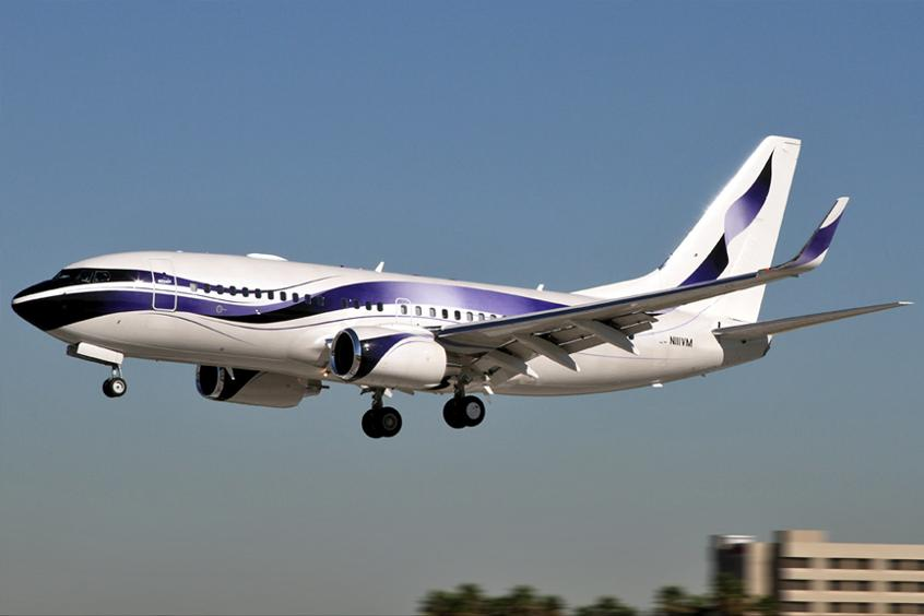 Boeing-Business-Jet-BBJ-PrivateFly-AA9622.jpg