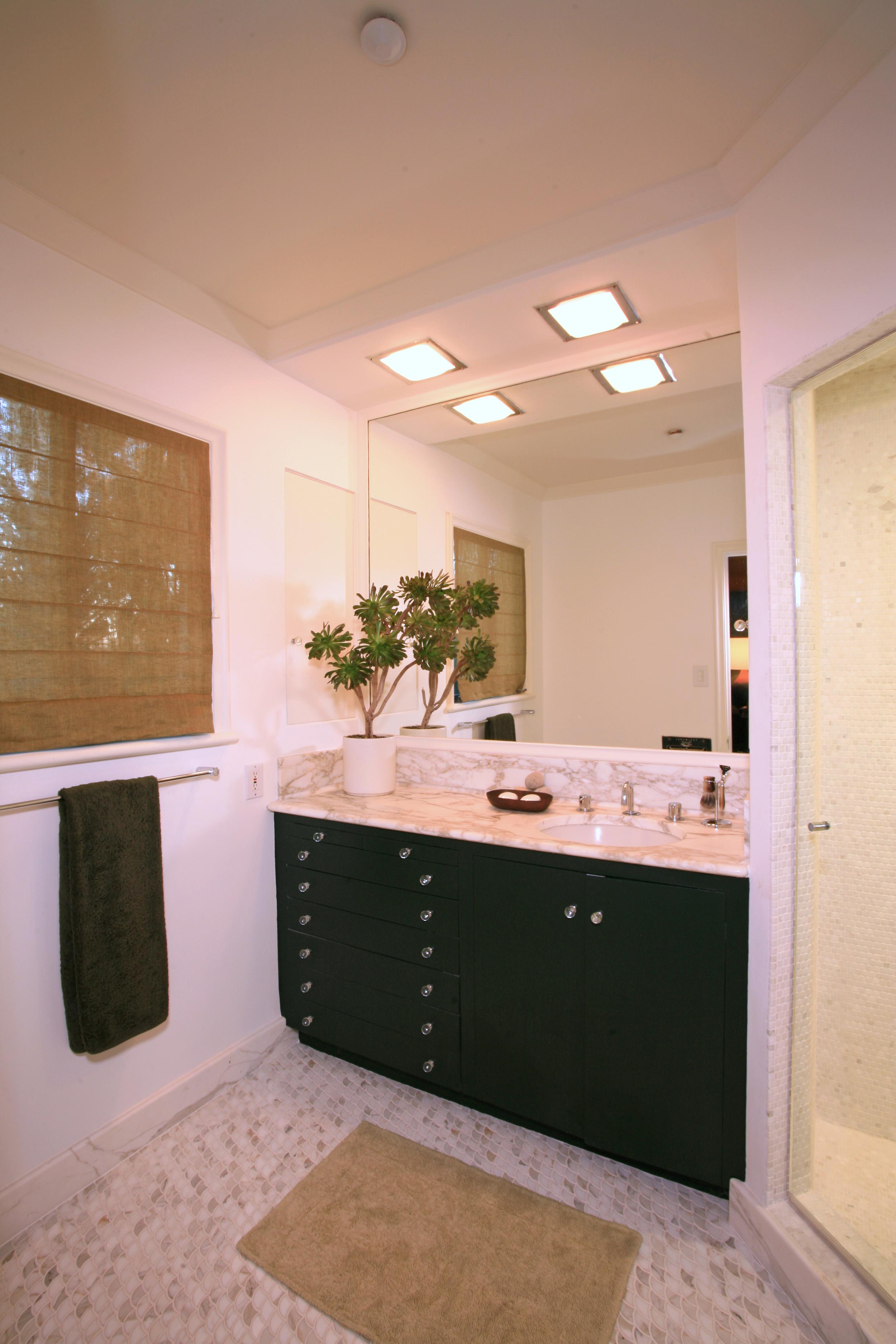 Bath #1.jpg