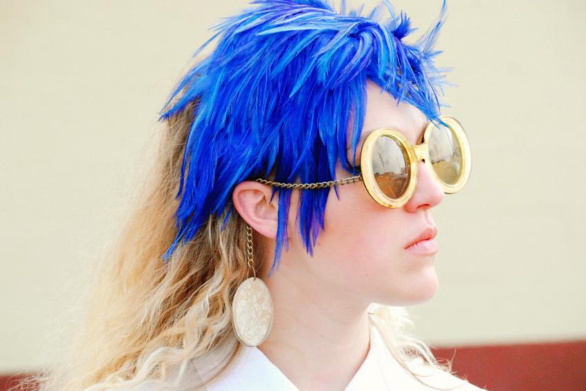 megan_blue+feathers_0016.jpg