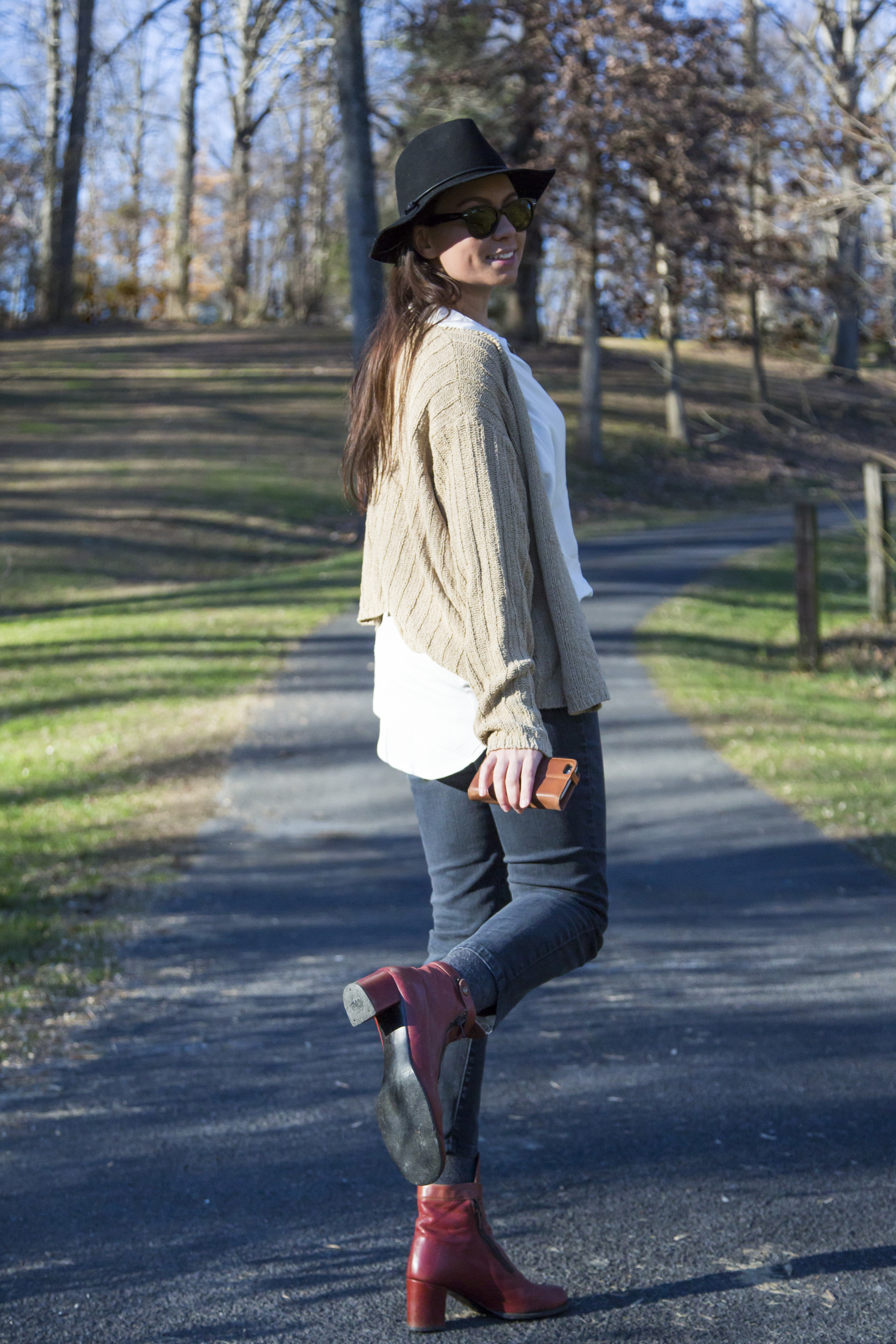 ladywolf blogger outfit