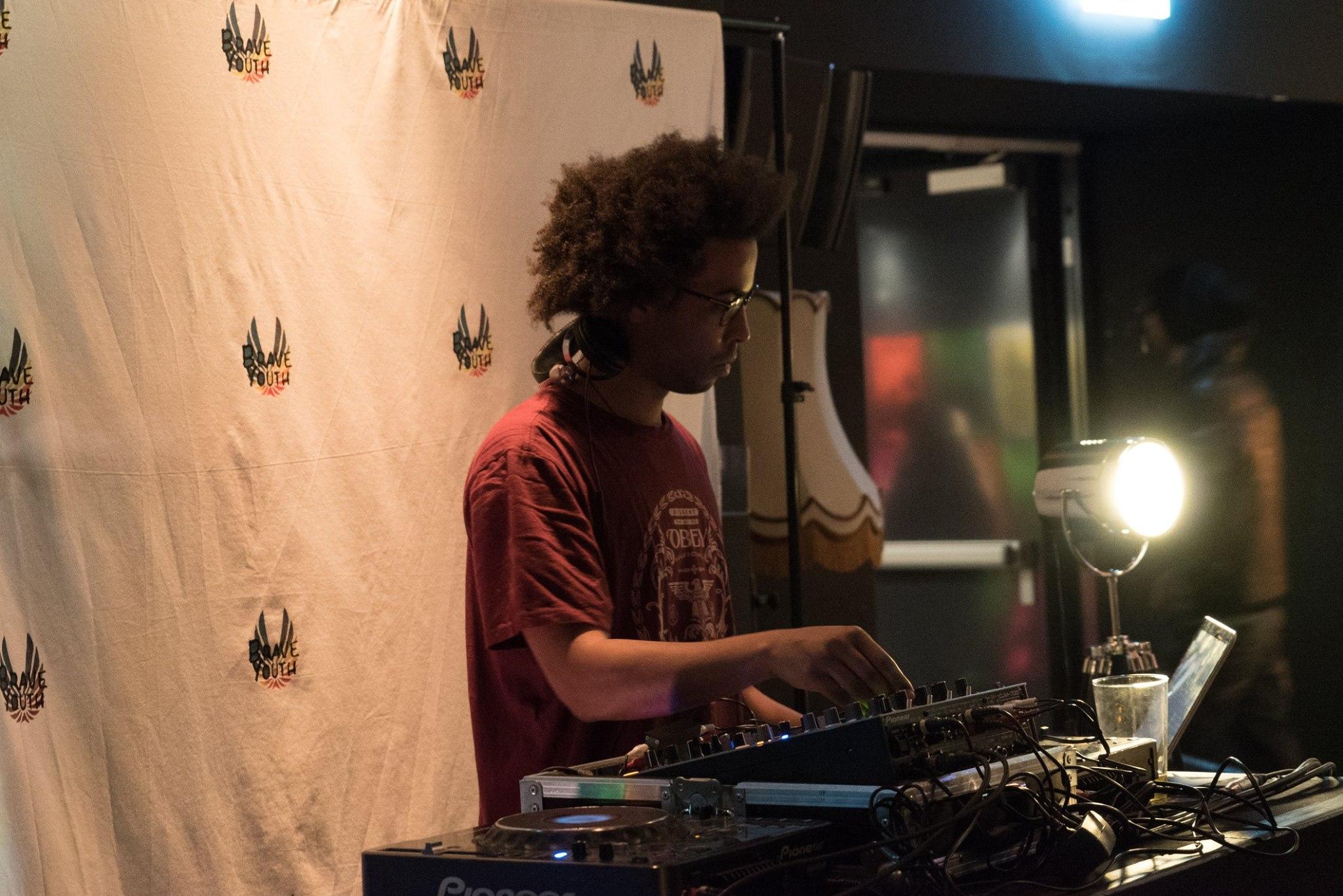Cidade de Deus • DJ  Teddy, p hoto by  Tiffany Matos