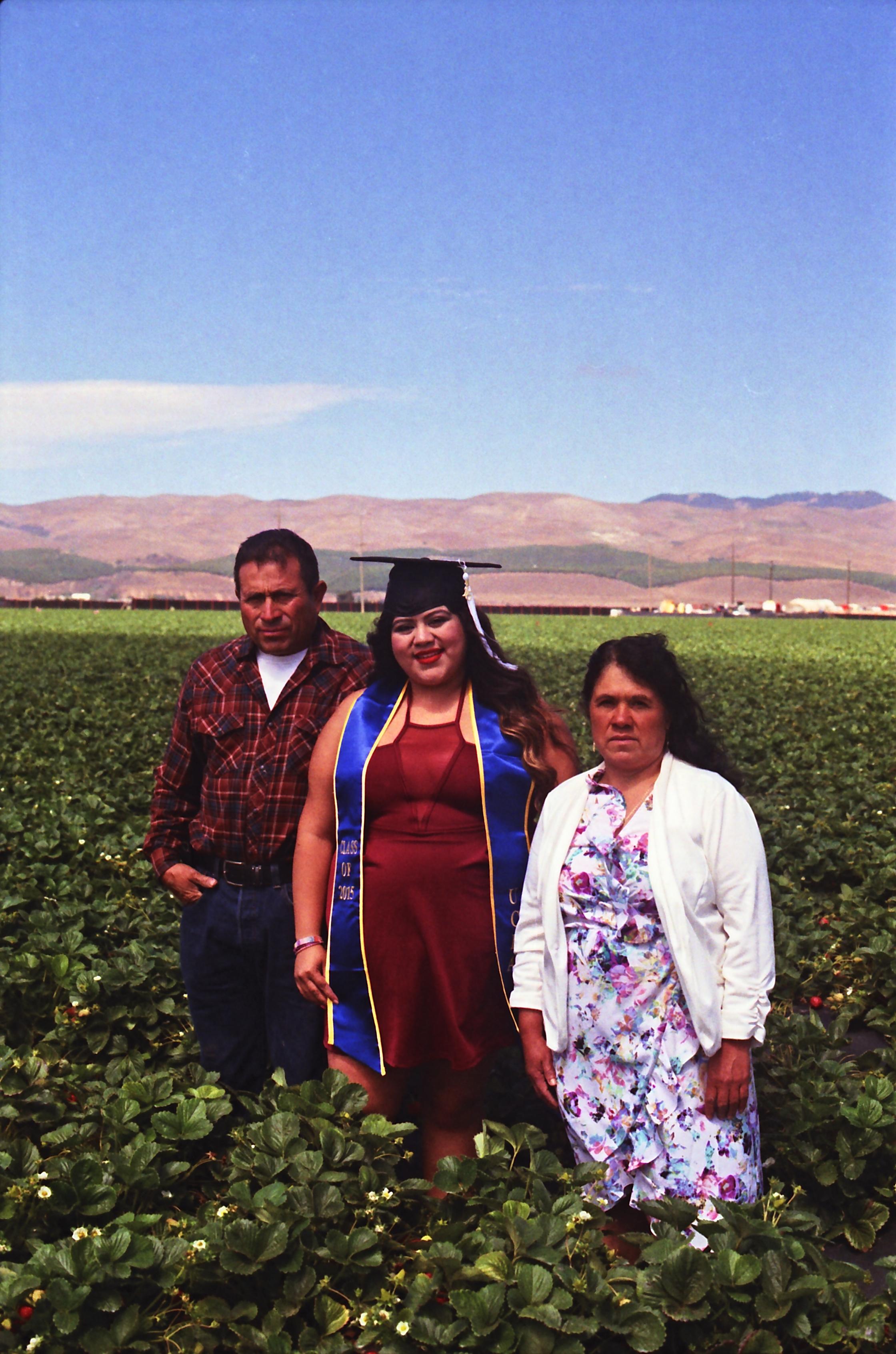 Gonzales Family 2015-Photo Credit: @eljorgeflores