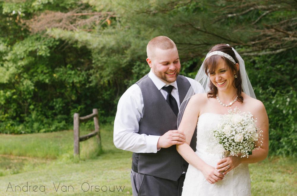 happy_bride_groom.jpg