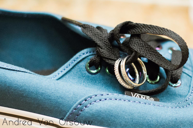 rings_on_shoes_vans_blue.jpg