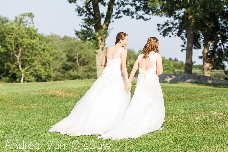 brides_sunlight_two_wedding_dress.jpg