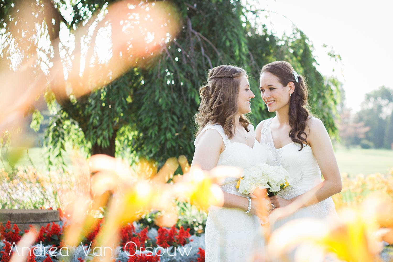 flowers_colors_happy_newlyweds.jpg