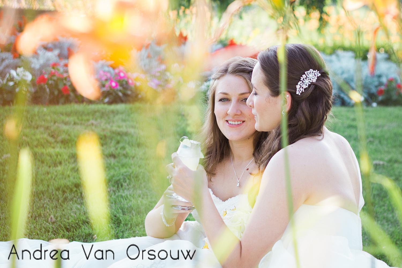 champagne_relaxing_wedding.jpg