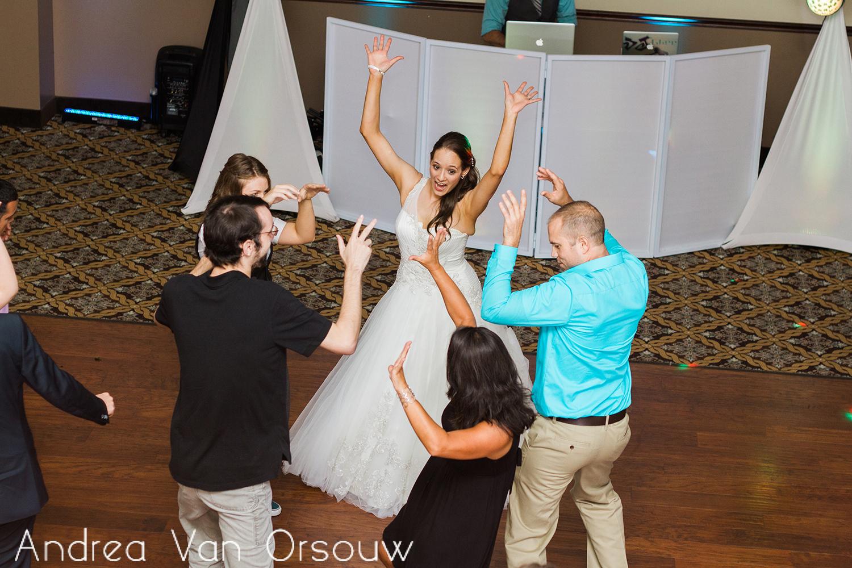 wedding_dancing.jpg