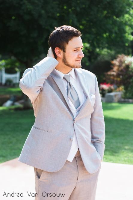 groom_portrait_gray.jpg