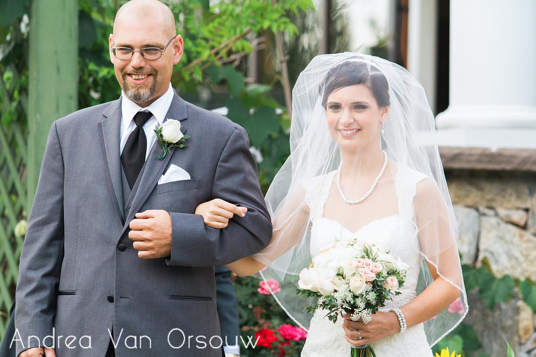 father_bride_arm_in_arm.jpg