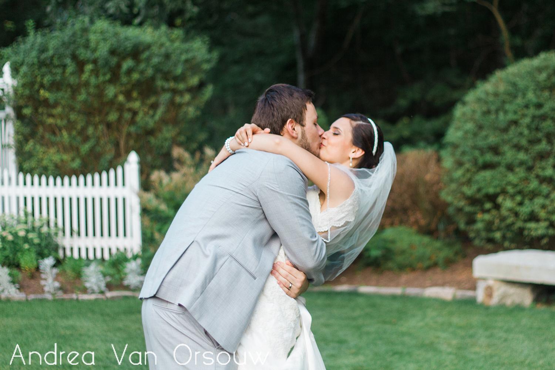 dip_kiss_bride_groom.jpg