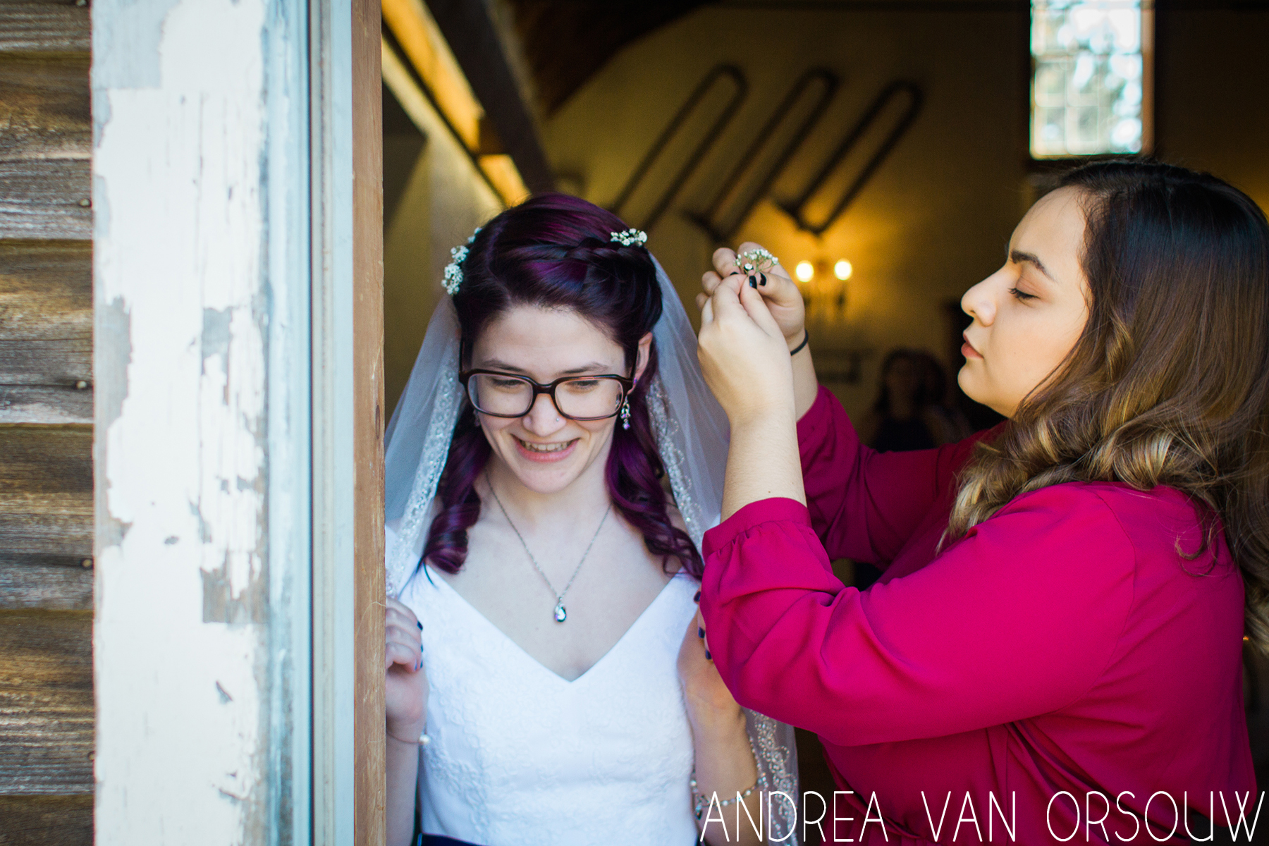 flowers_in_hair_Wedding_day_ct_photographer.jpg