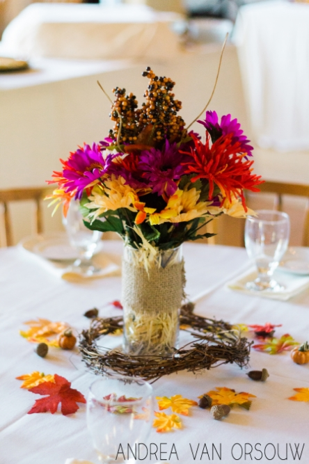 autumn_wedding_centerpiece_idea.jpg