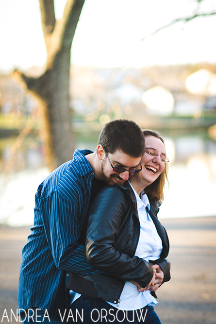 couple_laughing_tickling.jpg