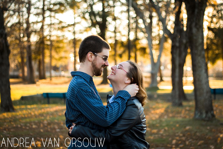 smiling_couple_bokeh_woods_park.jpg
