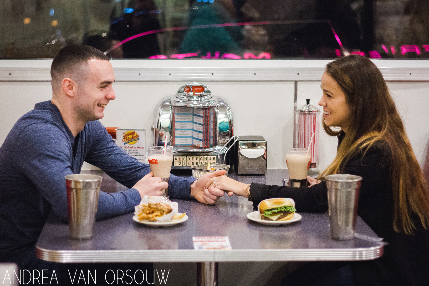 johnny_rockets_engagement_session_photos.jpg