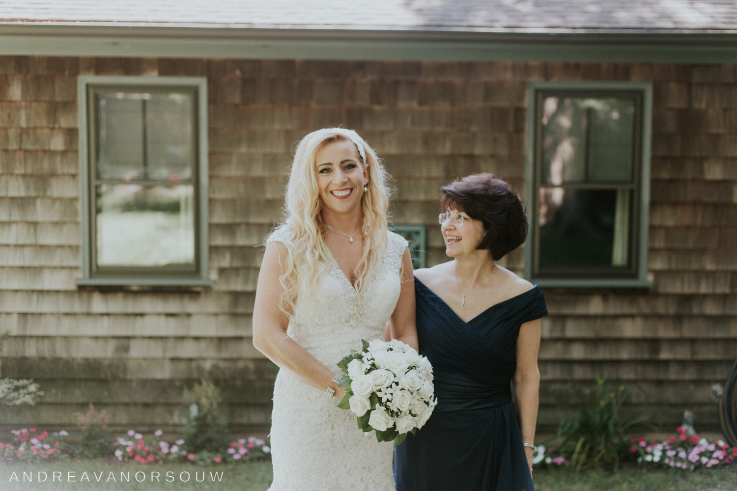 mother_of_bride_kirkbrae_country_club_bride_groom_wedding_rhode_island_lincoln_natural_photography_connecticut_new_england_photographer.jpg