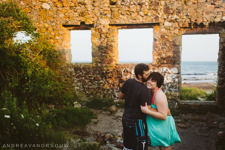 narragansett_rhode_island_scarborough_beach_maternity_married_couple_connecticut_new_england_wedding_photographer_natural_fun_geniune_laidback.jpg