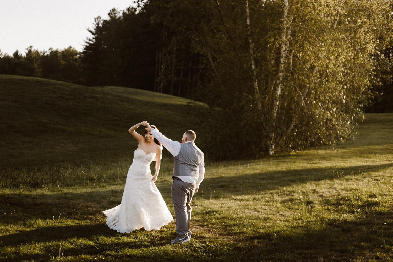 connecticut_rhode_island_massachusetts_new_england_wedding_photography_photographer_natural_laid_back_fun_adventure_light_engagement_session.jpg