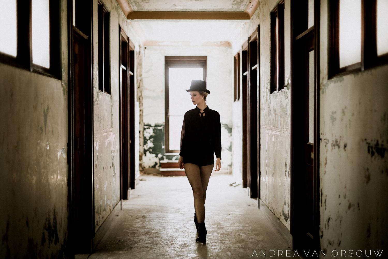 singer_song_writer_talent_rhode_island_providence_abandoned_building_urban_exploration_rhode_island_new_england_photography.jpg