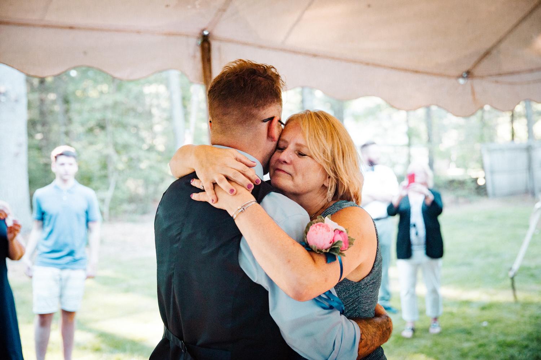 granby-connecticut-rhode-island-massachusetts-wedding-photography-dance-backyard.jpg