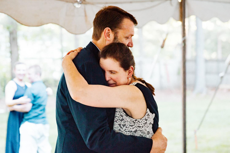 dancing-wedding-granby-connecticut-backyard-photogarpher-ma-ct-ri.jpg