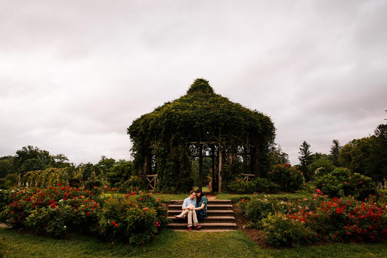 elizabeth-park-rose-garden-connecticut-new-england-boston-hartford-rhode-island-destination-fun-wedding-photographer.jpg