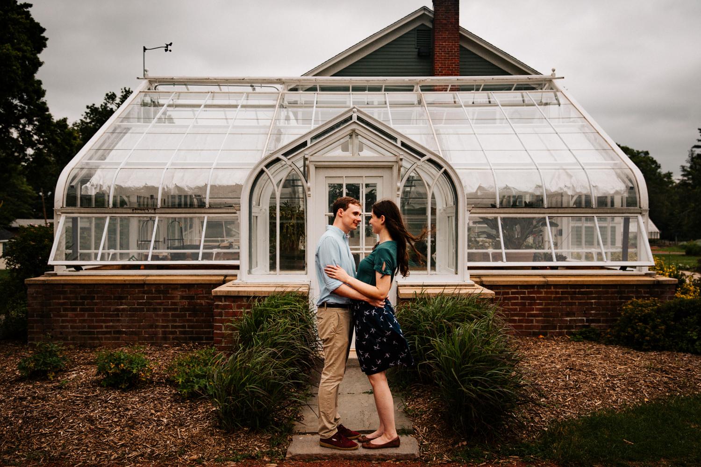 greenhouse-wedding-photograoher-new-hampshire-new-england-connecticut-elizabeth-park-hartford-boston-providence-new-england-wedding-photographer.jpg