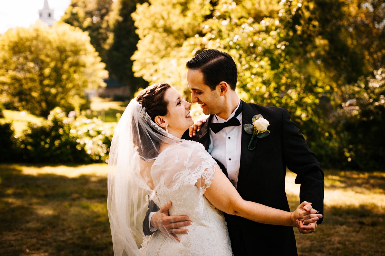 rhode-island-new-england-small-wedding-photographer-happy.jpg
