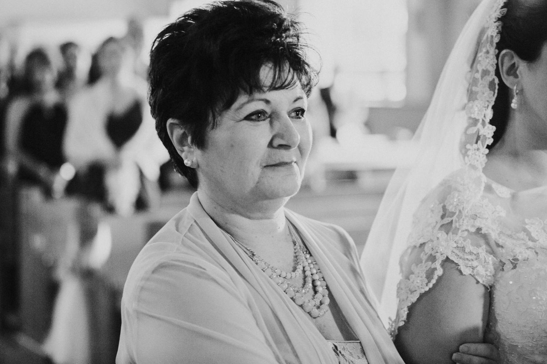 mother-of-bride-aisle-giving-away-ri-ma-ct-new-england-destination-adventure-photographer.jpg