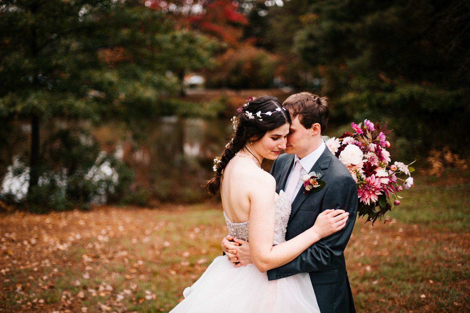 fall-autumn-wedding-boston-photographer-hartford-elizabeth-park-rose-garden-wedding-new-england.jpg