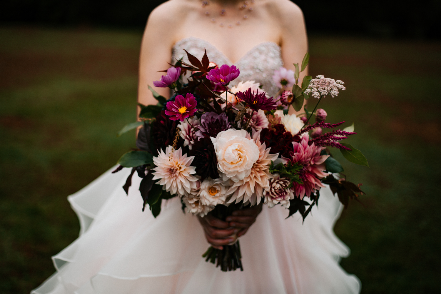 autumn-wedding-bouquet-bride-october-elizabeth-park-wedding-boston-photographer-connecticut-new-england.jpg