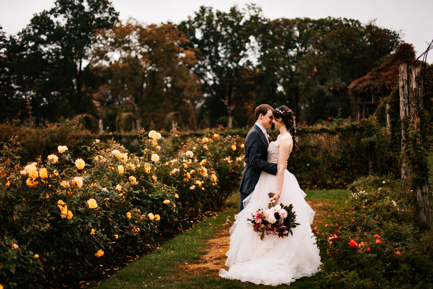 rose-garden-wedding-elizabeth-park-connecticut-new-england-boston-photographer-autumn-wedding.jpg